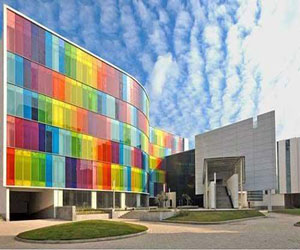 دانلود پاورپویبت نانو تکنولوژی (شیشه های ساختمانی)